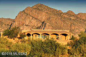 10835 N Summer Moon Place, Oro Valley, AZ 85737