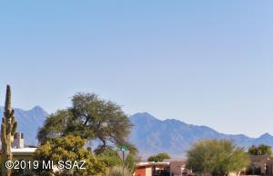 488 W San Ignacio, Green Valley, AZ 85614