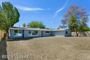 5744 E 5Th Street, Tucson, AZ 85711