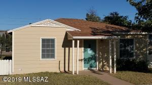 35 Hillside Avenue, Bisbee, AZ 85603