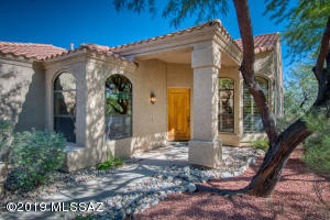5820 N Golden Eagle Drive, Tucson, AZ 85750