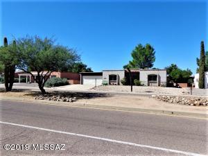 1440 S Abrego Drive, Green Valley, AZ 85614