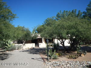 2102 N Klondike Drive, Tucson, AZ 85749
