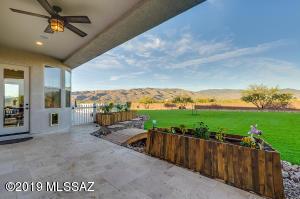 7901 S Camino Loma Alta, Tucson, AZ 85747