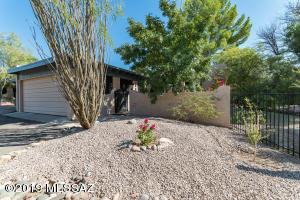 4764 N Via Entrada N, Tucson, AZ 85718