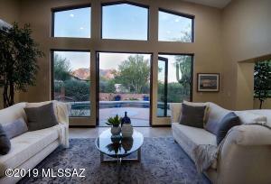 801 E Rudasill Road, Tucson, AZ 85718