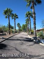 737 W Vista Hermosa Drive, Green Valley, AZ 85614