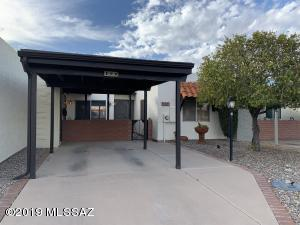 399 N Calle Del Chancero, Green Valley, AZ 85614