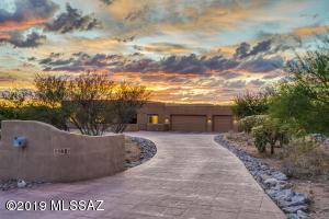 11681 N Copper Mountain Drive, Tucson, AZ 85737