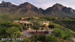 10310 N Cliff Dweller Place, Oro Valley, AZ 85737