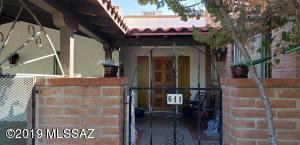611 S Los Opalos, Green Valley, AZ 85614