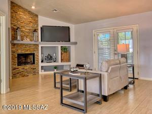 4635 E Glenn Street, Tucson, AZ 85712