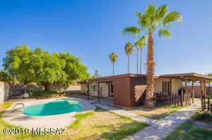 9321 E 42Nd Street, Tucson, AZ 85730