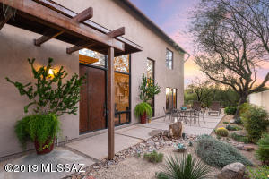 2819 N Corte Melodia, Tucson, AZ 85712