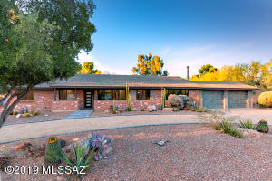 850 W Golf View Drive, Tucson, AZ 85737