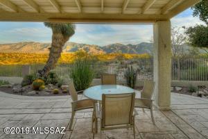 13784 N Bushwacker Place, Oro Valley, AZ 85755