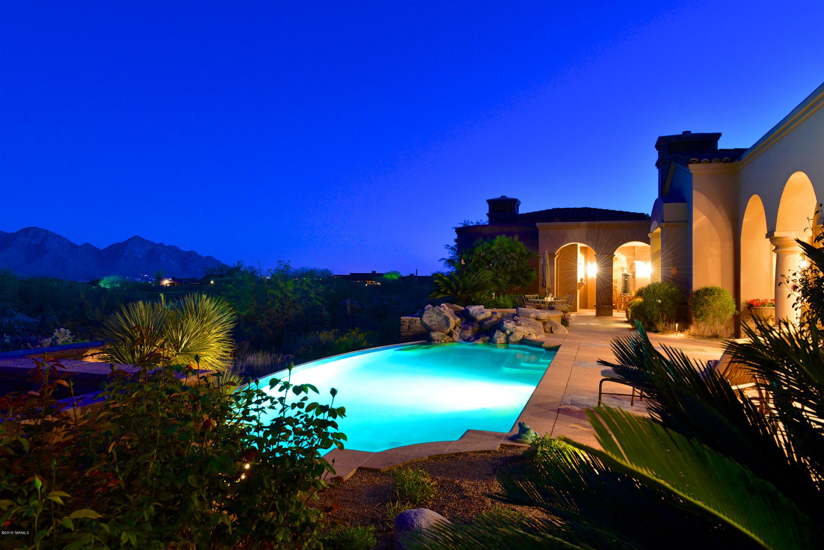 Photo of 14262 N Giant Saguaro Place, Oro Valley, AZ 85755