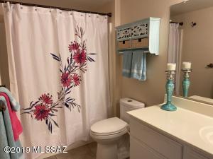 5751 N Kolb Road, 40108, Tucson, AZ 85750