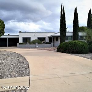 8942 E Palm Tree Drive, Tucson, AZ 85710