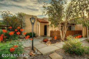 4560 E Paseo la Casita, Tucson, AZ 85718