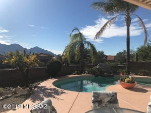 14203 N Trade Winds Way, Oro Valley, AZ 85755