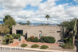 2586 N Avenida San Valle, Tucson, AZ 85715