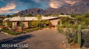 1731 E Entrada Doce, Tucson, AZ 85718
