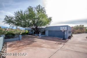 5036 N Calle Bosque, Tucson, AZ 85718