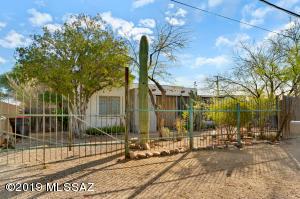 2608 N Estrella Avenue, Tucson, AZ 85705