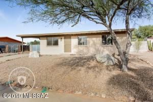 2800 W Calle Del Huerto, Tucson, AZ 85741