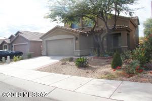 9006 S Silkwood Lane, Tucson, AZ 85756
