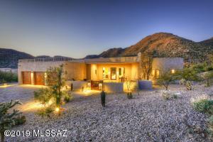 4630 W Little Dove Place, Marana, AZ 85658