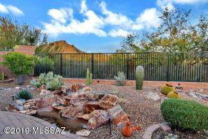 13000 N Kenosha Bluff Drive, Marana, AZ 85658