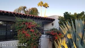 7538 N Palm Circle, Tucson, AZ 85704