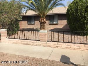 7301 N Camino De La Tierra, Tucson, AZ 85741