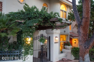4990 E Calle Brillante, Tucson, AZ 85718