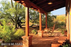 2335 N Avenida Sorgo, Tucson, AZ 85749