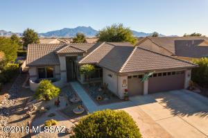 1028 N Cowboy Canyon Drive, Green Valley, AZ 85614