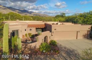 6180 N Via Presilla, Tucson, AZ 85718