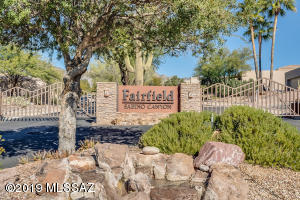 Lovely gated community of Bonita Ridge- Fairfield at Sabino