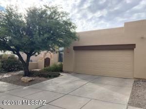 11761 N COPPER CREEK Drive, Oro Valley, AZ 85737