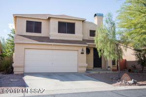 8521 N Spring Creek Drive, Tucson, AZ 85742