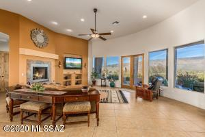 Great room w/wall of windows and gas fireplace