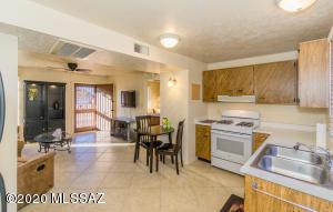 357 S Paseo Quinta, Green Valley, AZ 85614