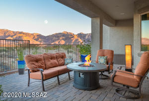 Catalina Mountain views from patio