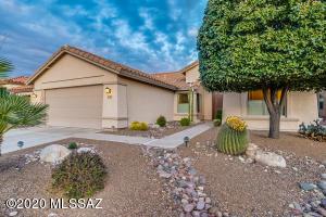 838 N Turquoise Vista Drive, Green Valley, AZ 85614