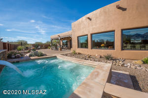14098 N Silver Cloud Drive, Oro Valley, AZ 85755