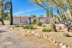 6211 N Placita Avila, Tucson, AZ 85718