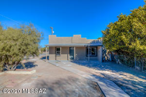 232 W District Street, Tucson, AZ 85714