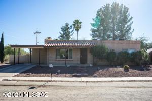 7460 E Calle Merida, Tucson, AZ 85710